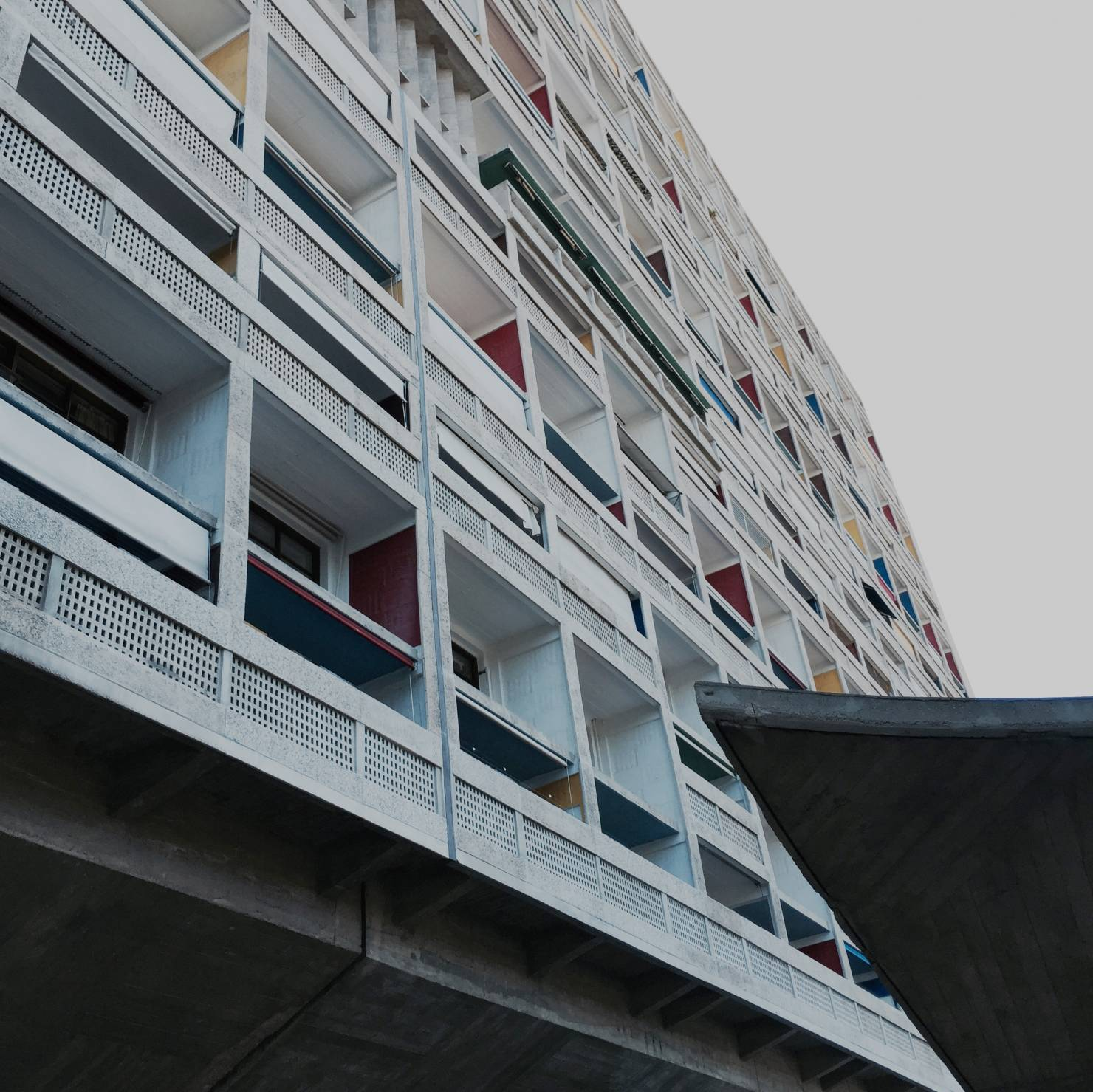 le_corbusier_unite_d-habitation_marseille_patrick_schuttler_012-3915ef1b7a9b745d849b6c372c39734e
